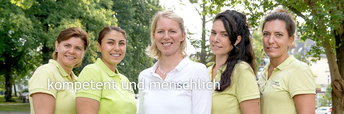 zahnaerztin-hagelstein-teambild
